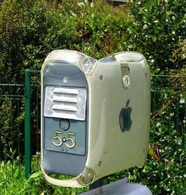 images/stories/Computer-Art-Reused/apple-case.jpg