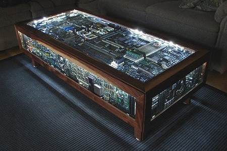 images/stories/Computer-Art-Reused/coffee_table_computer.jpg