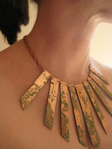 images/stories/Computer-Art-Reused/mainboard_Necklace.jpg
