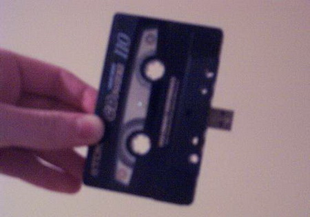 images/stories/Computer-Creative-Gadget/usb-9-Digital Mixtape.jpg