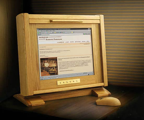 images/stories/Computer-Creative-Gadget/wood-lcd-1.jpg