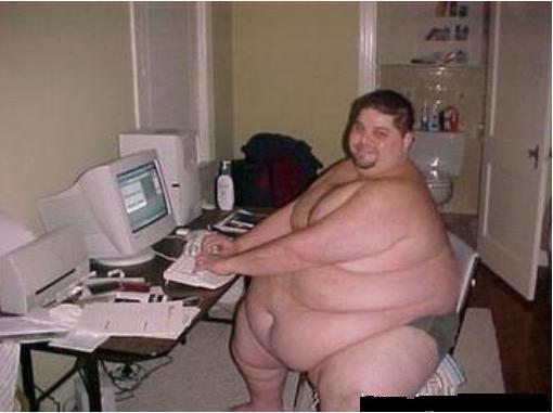 images/stories/Computer-Funny/really-fat-guy-on-computer.jpg